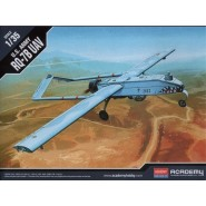 RQ-7B Shadow UAV US Army Unmanned Aerial Vehicle. 2 Figures and display stand included.