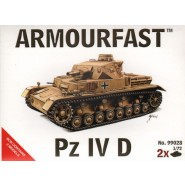 Pz.Kpfw.IV Ausf.D: Pack includes 2 snap together tank kits.