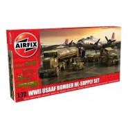 USAAF Bomber Re-supply Set. Autocar U-7144-T 4X4 tractor unit and F-1 fuel trailer.