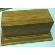 Wooden base with pedestal (110x440mm)