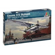 Cessna C.172 Skyhawk (1987 Landing on Red Square)
