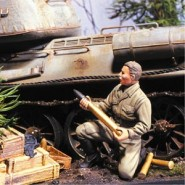 Reloading Russian Tanker (1) with Ammo, Crates & Base (Resin)