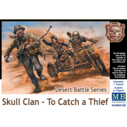 Desert Battle Series, Skull Clan - To Catch a Thief (three figures and one motorcycle)