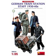 German Railway train station Staff 1930-40s Box Contains Models of Four Figures, Cart with Luggage