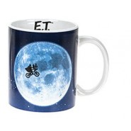 E.T. the Extra-Terrestria Mug Across The Moon